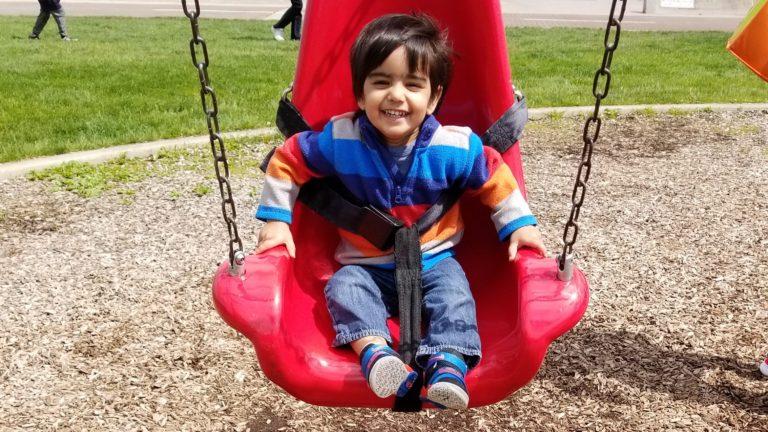 Om on swing