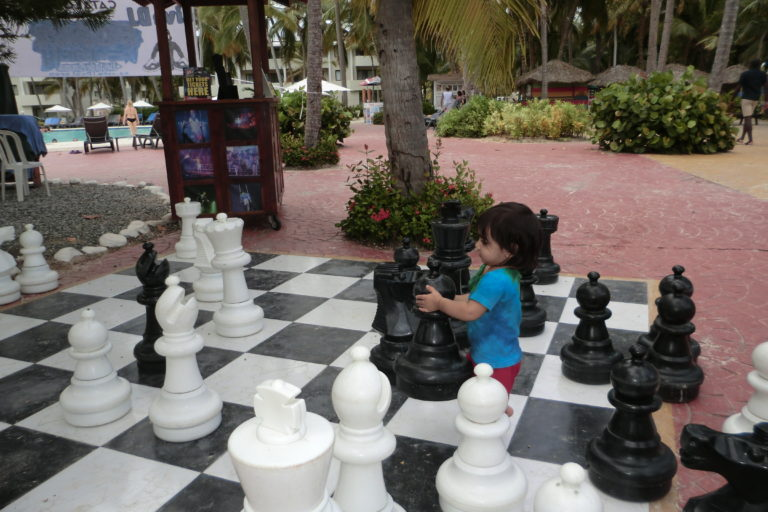 Om playing chess